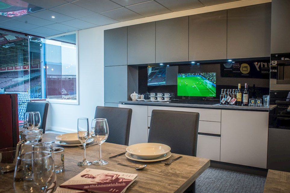 TechVision: Waterproof Televisions - Eurostyle Kitchens